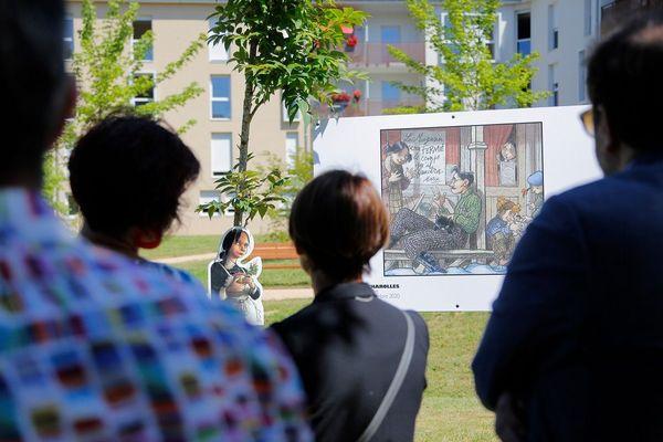 """""""Vachement B.D. à Charolles"""", ce sont 70 vignettes de B.D. reproduites en grand format pour une exposition à ciel ouvert dans la ville."""