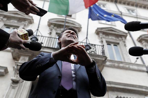 Le chef du gouvernement italien Giuseppe Conte a jeté un froid jeudi en exposant des doutes sur la pertinence du projet de liaison ferroviaire transalpine entre Lyon et la capitale du Piémontet en appelant à sa révision. La France rappelle son attachement au respect du traité signé en 2017.