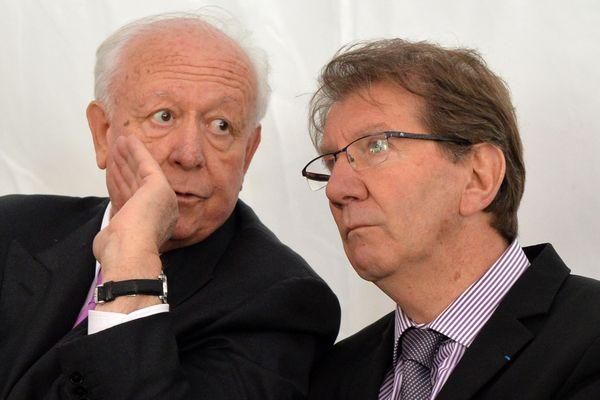 Jean-Claude Gaudin et Guy Teissier pendant une inauguration, en 2013