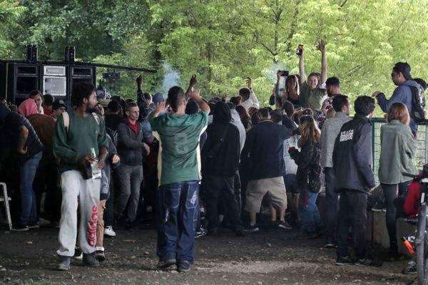 Une Rave party sauvage, avait eu lieu rive gauche, sous le pont François Mitterrand, à Bégles le 14 juillet 21.