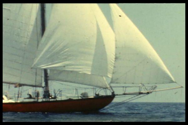 """Le """"Joshua"""", le 2 mâts sur lequel Bernard Moitessier part faire le tour du monde en 1968"""