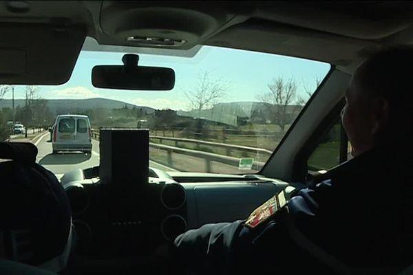 Sur la route de Vallon-Pont d'Arc, avec les gendarmes de l'Escadron Départemental de Sécurité Routière (EDSR) d'Aubenas