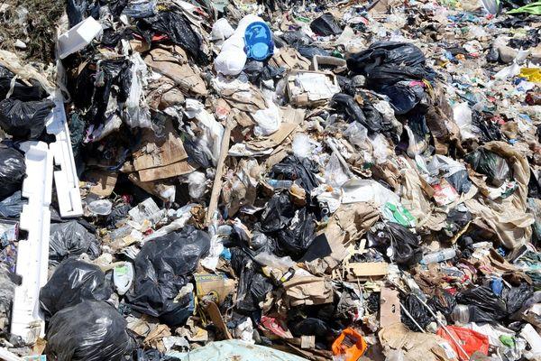 La Corse produit chaque année, 224.000 tonnes de déchets. 180.000 tonnes sont enfouies.