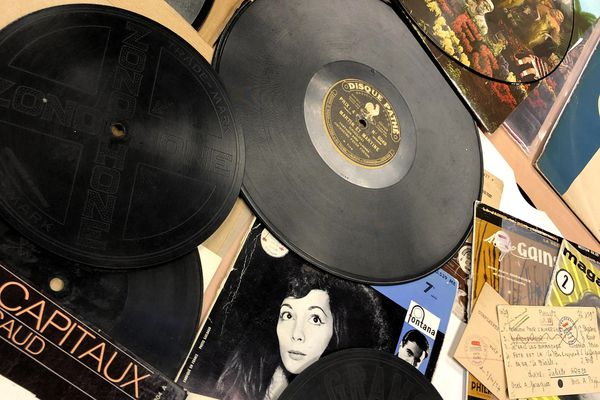 Gramophones et 78 Tours.