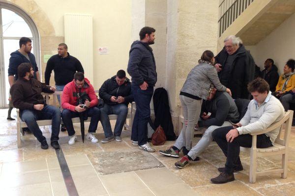 Les joueurs du club de Chalon, au tribunal de Grande Instance de Chalon-sur-Saône, le 9 février 2016