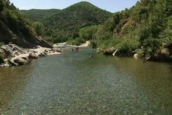 Des fortes à la rivière, en passant par l'histoire et les traditions locales, les Cévennes se dévoilent à qui sait les écouter
