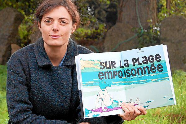 """Inès Léraud a notamment publié l'enquête """"Algues vertes, l'histoire interdite"""" dans laquelle elle dénonce les pratiques de l'entreprise Triskalia."""
