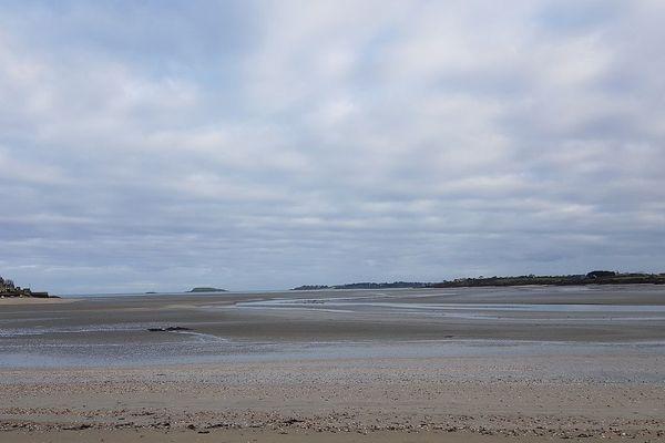 La baie de Beaussais sur mer, ce samedi 6 décembre au matin