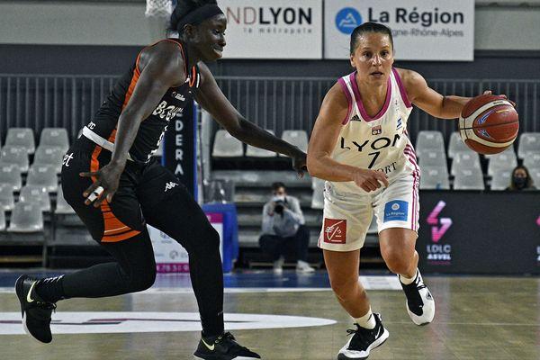 Ligue Basket Féminine ASVEL vs Bourges -A Lyon 8 eme, salle Mado Bonnet, l'ASVEL féminin s'impose face à Bourges (76 à 75) ici Ingrid Tanqueray (13/4/21)