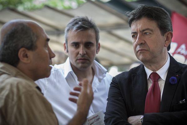 Jean-Luc Mélenchon, accompagné de son porte-parole Alexis Corbière.