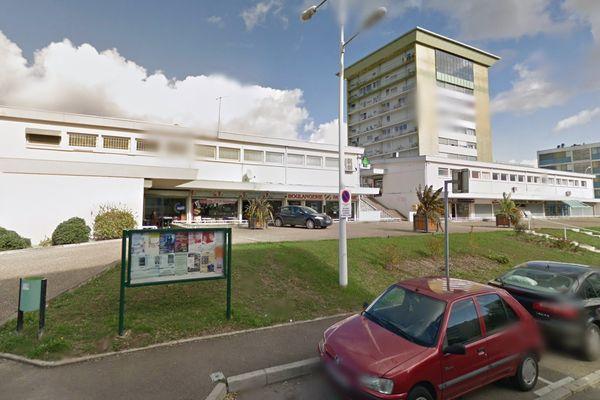 Adnan a ouvert son restaurant en plein coeur du quartier de la Madeleine à Joigny.