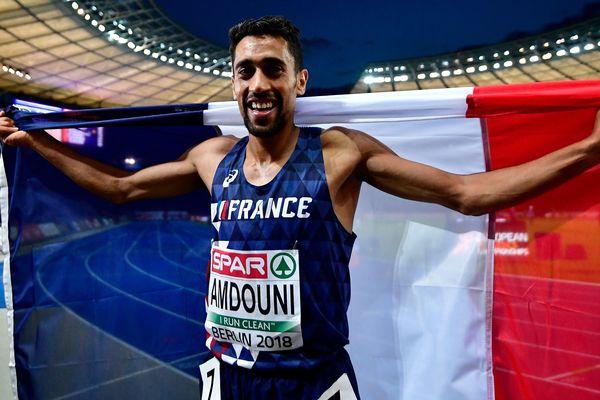 Le Français Morhad Amdouni après sa victoire en 5.000 mètres le 11 août 2018.