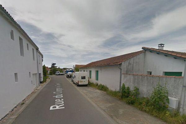 La rue du Corps de Garde à La Couarde-sur-Mer