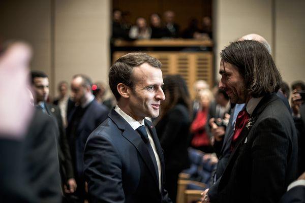 Emmanuel Macron et Cédric Villani en mars 2018 au Collège de France (illustration).