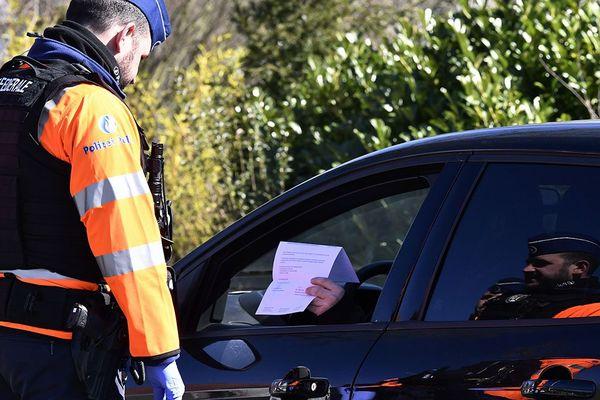 Un contrôle de police en Belgique, le 24 mars.