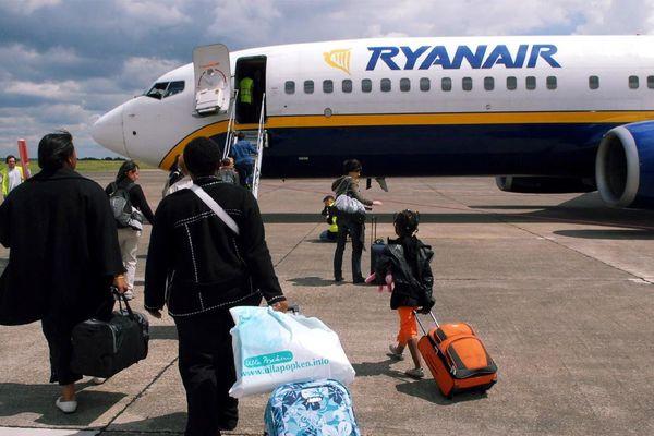 Depuis l'arrivée de la compagnie low cost Ryanair, l'aéroport de Tours connaissait une progression constante, d'année en année. Jusqu'à culminer en 2016. Il flirtait alors avec les 200 000 passagers annuels