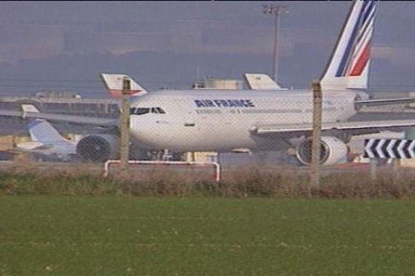 Le 24 décembre 1994 - l'assaut du GIGN sur la piste de l'aéroport Marseille-Provence