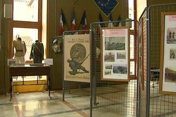 """L'hôtel de ville de Brioude accueille  """"La Grande Guerre et le Brivadois"""", une exposition dédiée aux 11 000 hommes originaires de la Haute-Loire et tués durant le conflit."""