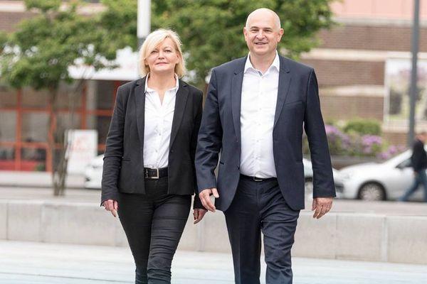 Florence Morlighem et Laurent Pietraszewski, alors candidats à la députation en mai 2017.