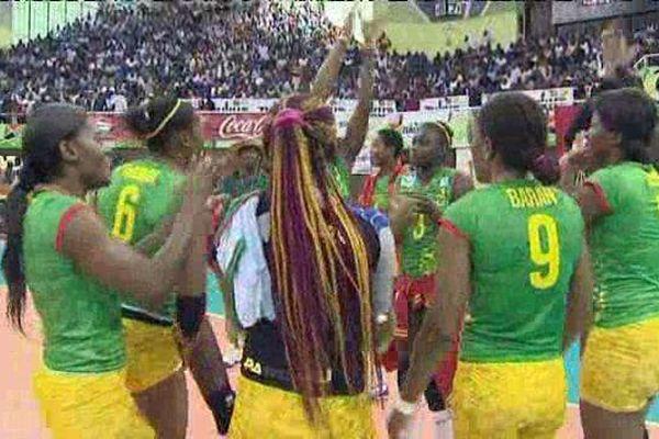 Les joueuses africaines du VBC Chamalières à Nairobi en juin 2015 participent à la Coupe d'Afrique.