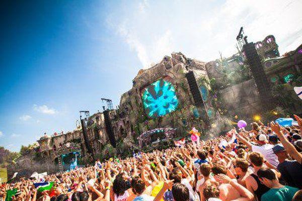 La 9e édition du festival Tomorrowland le 27/07/13