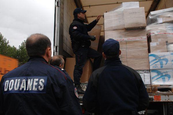 Les douaniers font la grève du zèle