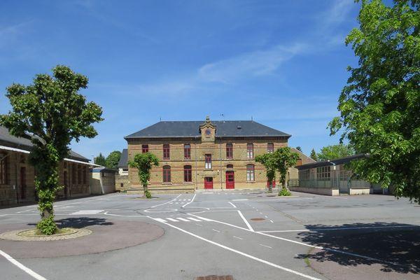 Mauvaise nouvelle pour les petits élèves de Donchery, l'école restera fermée