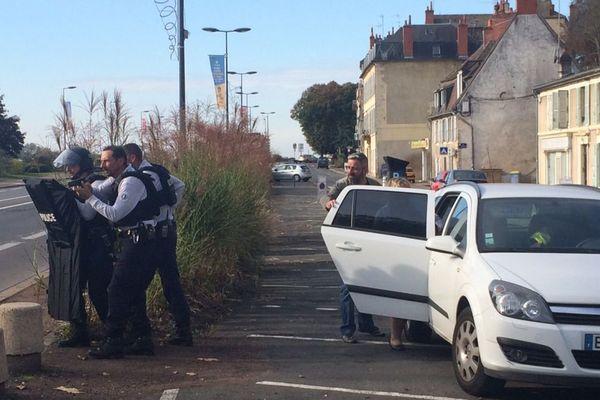 "Un exercice ""attentat"" a eu lieu à la Maison de la culture de Nevers jeudi 19 novembre 2017"