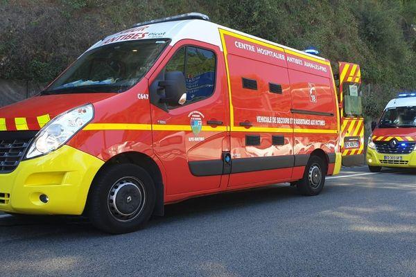 Dimanche, un important dispositif sapeurs-pompiers engagé sur l autoroute A8 pour un accident de la circulation.