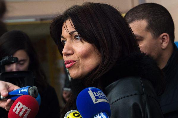 """""""Au secours"""" dit Samia Ghali """"Pourquoi la République ne protège pas ses enfants?"""""""