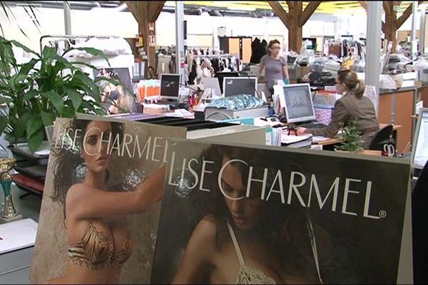 Dans les années 1950, la petite entreprise Lise Charmel est fondée à La Croix-Rousse à Lyon.