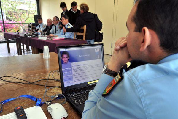 17 ans après le meurtre du petit Jonathan, originaire d'Orval dans le Cher, la famille espère un procès.