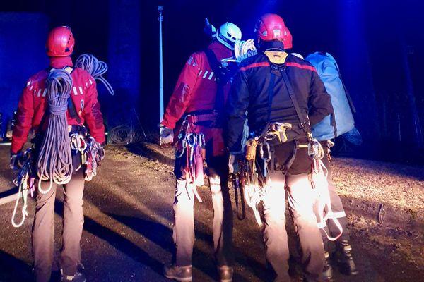 Les pompiers du GRIMP du SDIS 87 en intervention sur l'incendie des Cars