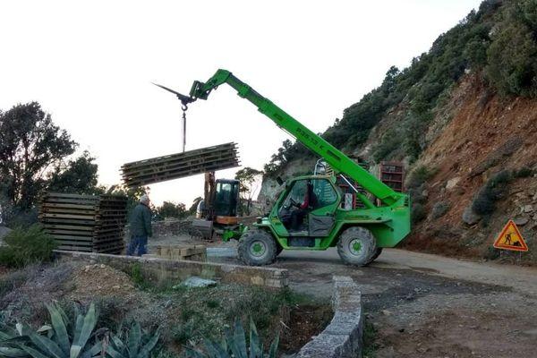 Intempéries : Les travaux de mise en place d'un pont provisoire à Farinole ont démarré