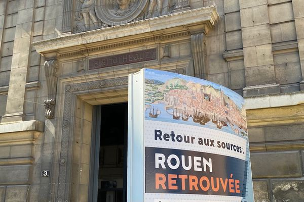 """Exceptionnelle exposition à Rouen des manuscrits du 16e siècle du """"Livre des Fontaines"""" à la bibliothèque patrimoniale Villon jusqu'au 25 septembre 2021."""