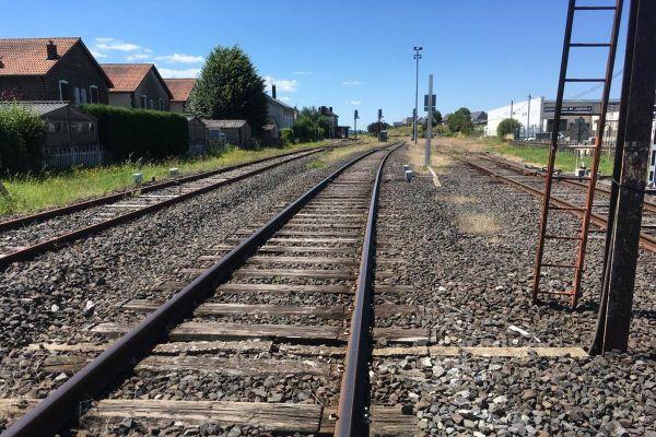 Depuis le 9 juillet, la ligne SNCF entre Volvic et Le Mont-Dore semble menacée de fermeture.
