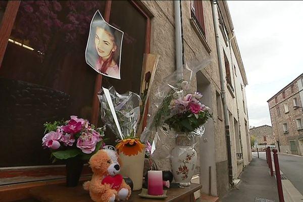 Hommage à Priscillia dans une rue d'Estagel (Pyrénées-Orientales)
