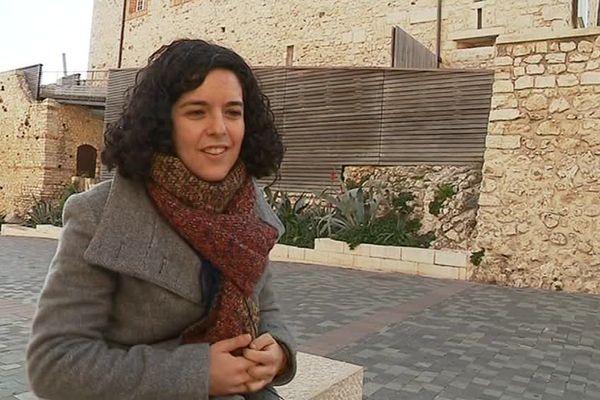 La Varoise Manon Aubry lors d'une interview à Antibes