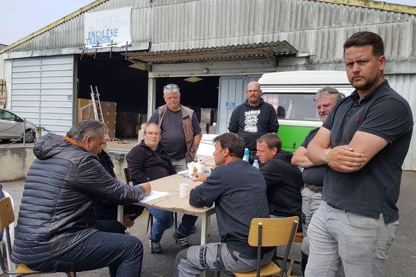 19 salariés de Heller Joustra sont en grève illimitée depuis le vendredi 18 mai.