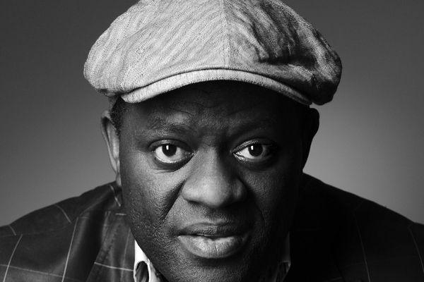 Alain Mabanckou, écrivain et poète lauréat du prix Renaudot 2006, présidera la 32ème édition de la foire du livre de Brive les 8,9 et 10 novembre 2013