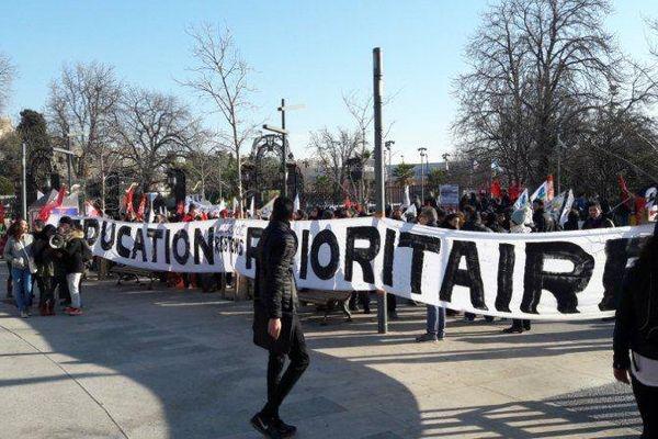 """""""Education restons prioritaires"""" le ton est donné pour la nouvelle manifestation pour le maintien des ZEP à Marseille"""