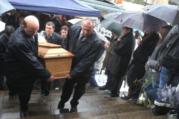 400 personnes assistent à Dampierre-les-Bois aux obsèques de Pierre Nasica.