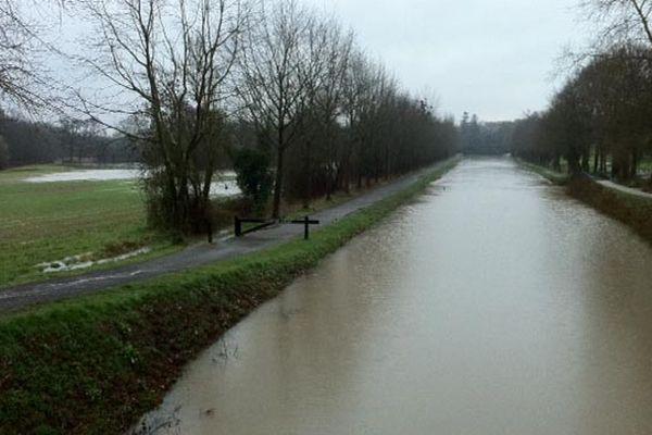 Champs inondés et Vilaine bien pleine... Saint Grégoire (35)