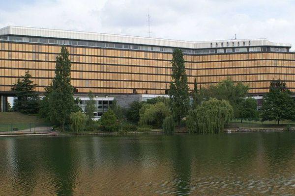 Une réunion sur le coronavirus s'est tenue ce mercredi matin à la préfecture du Val-de-Marne