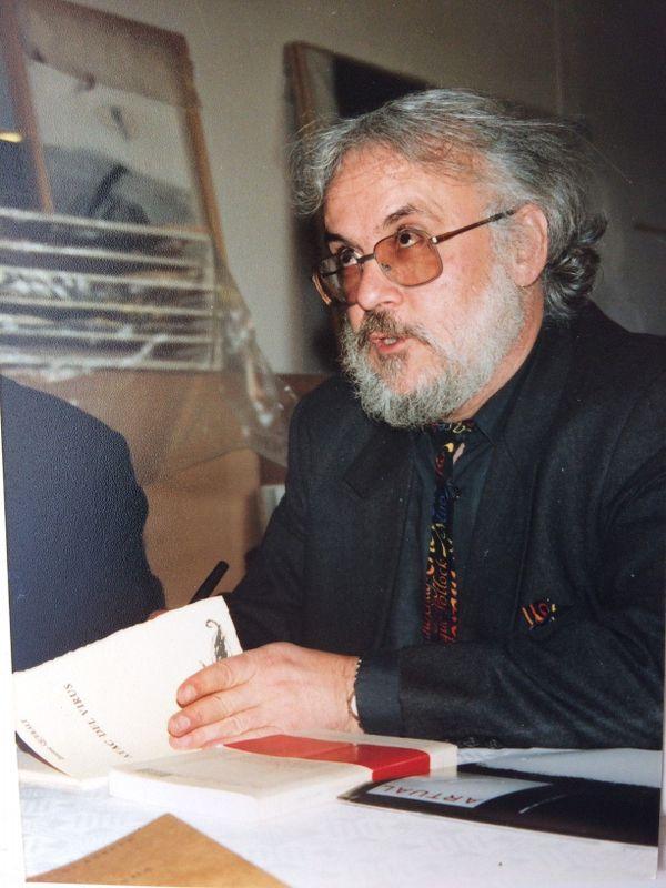 Nefiach 1991. Jacques Quéralt, séance de dédicace.