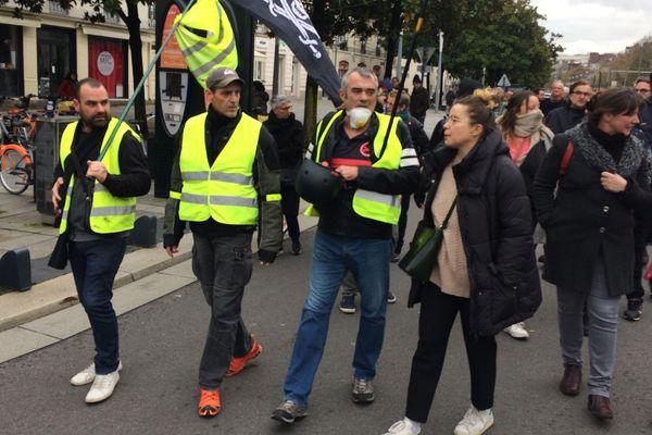 Environ un millier de personnes ont manifesté dans les rues de Nantes ce 16 novembre 2019
