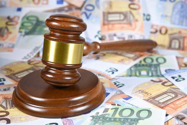 Les accusés risquent jusqu'à 10 ans d'emprisonnement et 1 million d'euros d'amende. Photo d'illustration