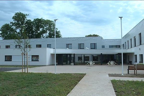 Dans la commune de Warloy-Baillon (Somme), le versement des aides a permis la construction d'une nouvelle maison de retraite.