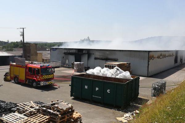 L'usine ICA, située à la sortie de Sénarpont, a été victime d'un incendie ce jeudi 27 juin.