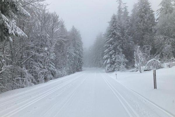 La neige est tombée sur les hauteurs vosgiennes à partir de 500 mètres ces trois derniers jours.